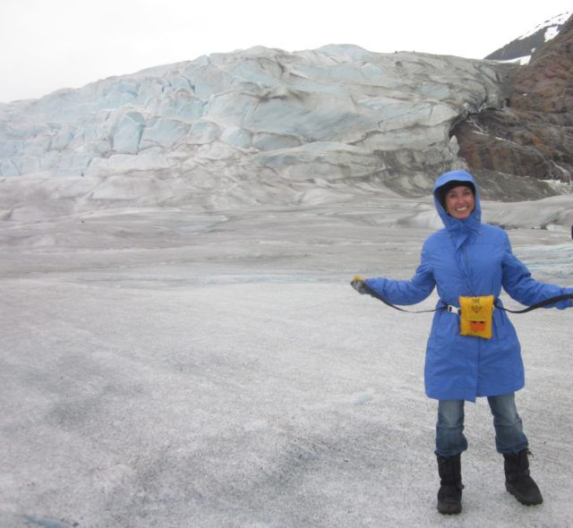 Heidi_Siefkas_atop_Mendenhall_Glacier