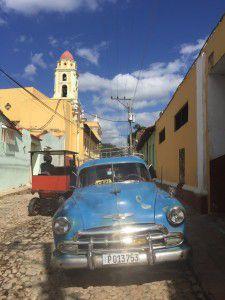Trinidad_Cuba_HorseCart_Old_Car_Heidi_Siefkas