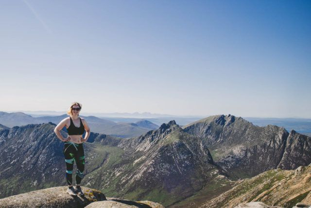 Author Kathi Kamleitner Munro bagging in Scotland - that means climbing mountains that are higher than 3000 feet - photo by Kathi Kamleitner