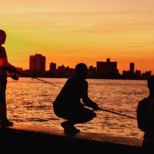 Havana_Cuba_and_Boys_Fishing_on_Malecon