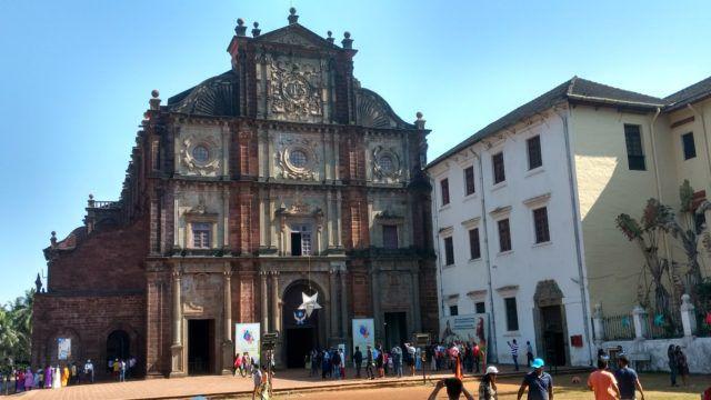 Basilica_Bom_Church_Goa_India