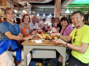 Amigos_at_San_ildefonsa_mercado_madrid_Spain