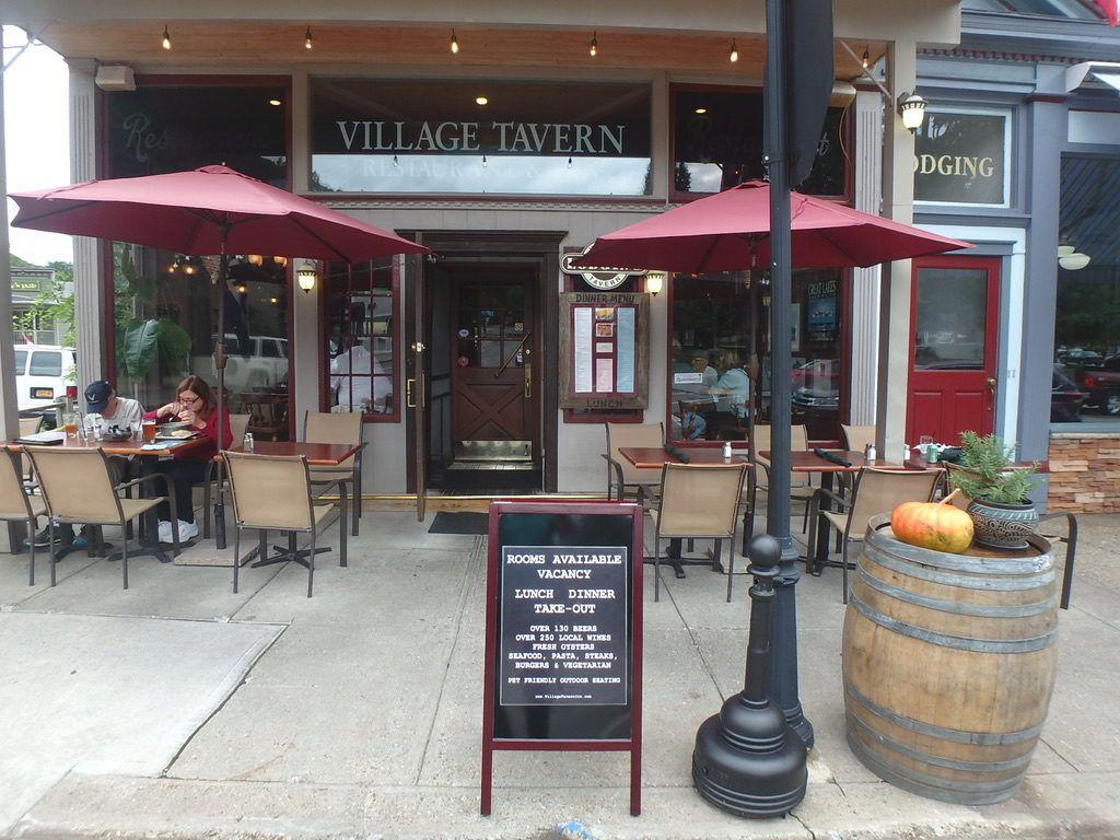 Village_Tavern_Hammondsport_Finger_Lakes_New_York_Street_View