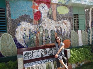 Author_Heidi_Siefkas_at_Jose_Fusters_Home_outside_of_havana_Cuba