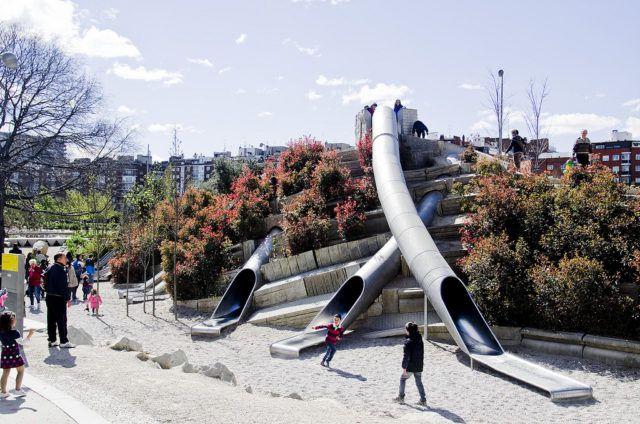 Manzanares_River_Park_Slides_Madrid_Spain