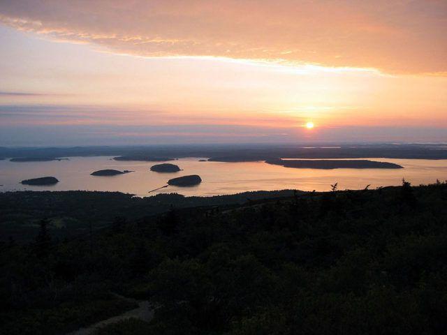 Acadia_Sunrise_Photo_Credit_CNN.com