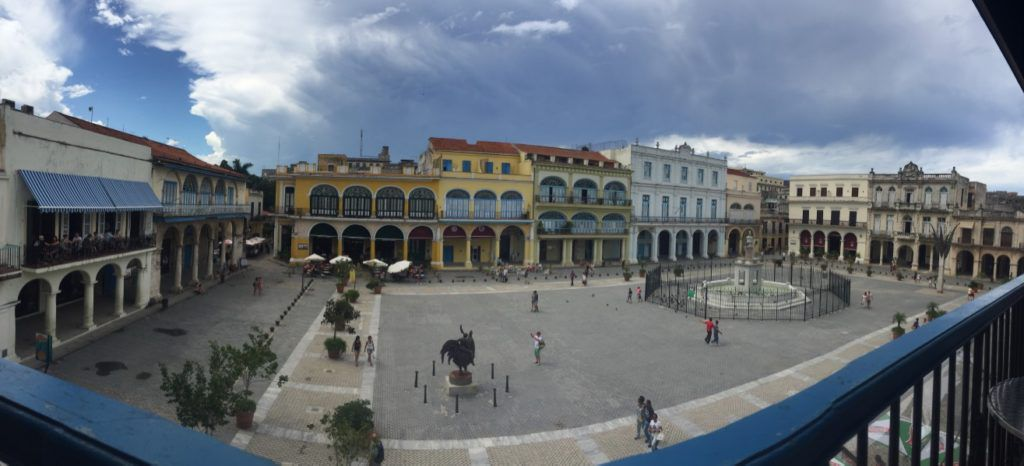 Plaza_Vieja_Old_Havana_Cuba