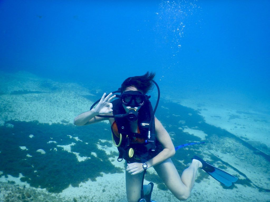 Heidi_Siefkas_SCUBA_diving_Grand_Cayman