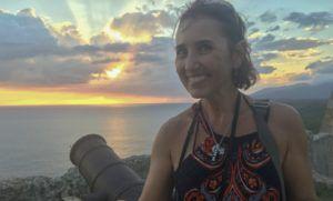 Author_Heidi_Siefkas_at_Castle_of_Sant_Pedro_de_la_Roca_Santiago_de_Cuba