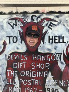 Look_Up_from_Hell_Grand_Cayman