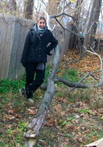 Author_Heidi_Siefkas_and_Tree_Pughkeepsie_New_York_2009