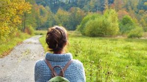 women-in-nature-image